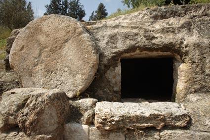 BN Oct 14 Example of hillside tomb, Israel